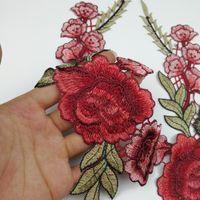 rote dekorative blumen großhandel-Rose Applique Kleidung Teile Decals Kragen Handwerk Dekorative Artikel DIY Rote Blume Stickerei Eco Friendly Beliebte 2 95lh C R