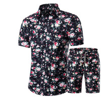асимметричная мужская одежда оптовых-Новые Летние Мужские Рубашки + Шорты Набор Повседневная Печатных Гавайская Рубашка Homme Короткие Мужской Печати Платье Костюм Наборы Плюс Размер