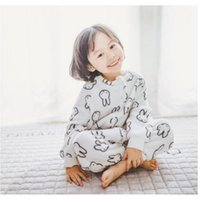 Boutique Bunny Dog Baby Blanket Flannel Kid Pijamas Soft Warm Thickening Roupa de bebê Girl Boy Jumpsuits para o inverno