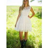 fildişi drape elbise toptan satış-Bahçe Tarzı Yeni Bahar Kısa Gelinlik Dantel 2019 Şeffaf Draped Aplikler Beyaz Fildişi Abiye Custom Made Tül Gelin Modern