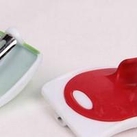 mini plaina venda por atacado-Plaina de dedo Multi Função Mini Cozinha Gadget Lâminas Descascador Fácil de Usar Fruit Melon Planer Ralador 2 7tf J R