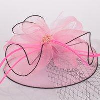 fascinador de plumas de color rosa caliente al por mayor-2017 Envío Gratis Venta Caliente Rosa Red Wedding Nupcial Fascinator Sombreros Pluma Flor Lady Party Accesorio