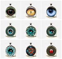 Hot Sale Glass Dome Collier Steampunk Bijoux Anatomie humaine Eyeball Collier Evil Eye Science Medical Art Pendentif Collier