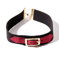 Black Strap Choker Fetish Bondage Colar de couro com cinto Buckle Design Varpire Collar Punk Goth Leather Choker Necklace