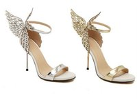 Sapatos de moda quente Valentim Bronze Sequins Borboleta Ala Sandálias de salto alto Stiletto Party Wedding Sexy Shoes Ouro Prata