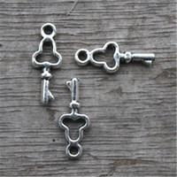 50 tibetische Silber Schlüssel Charms Anhänger Halskette Armband