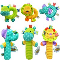 Grossiste- Multifonctionnel Kawaii Baby Taggies Hand Bell Bébé Animal Peluche Poupées Hand Stick Handbell BB Stick Rattle Toys Moderne Rod