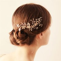 Élégant mariage nuptiale fleur cheveux peigne Crystal Rhinestone Crown Tiara accessoires pour cheveux Pearl Clip Head Piece Jewelry Party Prom Headdress