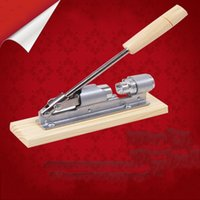 Wholesale Nut Combination - Nut Cracker Nut Fruit Shell Breaker Wooden Handle Oxidation Resisting Steel Mechanical Pliers Manual Operation Extrusion Type Tools 21nb G1