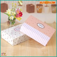 (20pcs / lot) 18.2x12.2x4.7cm Fraise Fleur Dot Rectangle Cookie Boîtes d'emballage, Cupcake Mooncake Paperboard Box