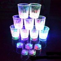 ingrosso bicchierini di plastica ha portato-Moda Nuovo 5,5 * 5 cm 24 pezzi Lotto LED Lampeggiante Bicchierini di plastica Bicchieri lampeggianti Bicchierini a led Bicchierini Flash Tazza piccola