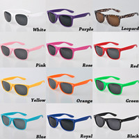 Wholesale Cheap Womens Sunglasses - 2017 Multi-color Unisex Cool Womens and Mens Most Cheap Modern Fashion Beach Sunglass Plastic Classic Style Sunglasses Free Shipping DHL