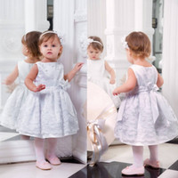 Wholesale Tea Length Wedding Dres - Cute Flower Girls Dresses For Wedding With Bow Sash Applique Ball Gowns Tulle Sleeveless Free Shipping Communion Dres