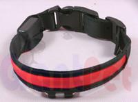 colar usb venda por atacado-Produtos favoritos Ajustável Pet Dog Cat À Prova D 'Água LED Flash de Segurança Noite Collar USB CARGA 000561