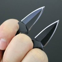 Wholesale High quality two blade double edge claw karambit knife throwing knife thorns kiife outdoor gear knife