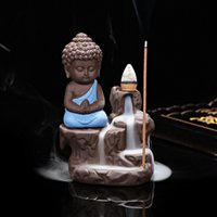 Bruciatori di incenso ceramico caldi Aromaterapia Creative Little Monk Censer Backflow Stick bruciatore di incenso Buddha Crafts T20