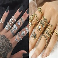 13Pcs For A Set Woman Cluster Rings Totem esculpido retro Fatima Hands Heart Crown Golden Silver Kinds Size As Pictures