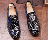 Wholesale High End Dress Shoes Leather - 2018 luxury Designer High End royal embroidery Flat shoes wedding Party Sapato Social Masculino Homecoming Shoes hombre
