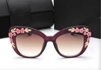 Wholesale Baroque Round Sunglasses - 2017 New Colors Trendy Baroque Sunglasses Placard Same Eyewear Big Frame Carved Flower Design Sun Glasses Cat Eye Frame 6 Colors