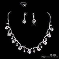 Wholesale Hot Necklaces - 2017 Cheap 15018 Frere Ship Hot Sale Holy White Rhinestone Crystal Flower Earring Necklace Set Bridal Party