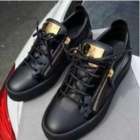 ingrosso chiusura lampo scarpe uomo nero-Vendite calde Moda Scarpe di marca Uomo Donna Casual Low Top Nero Scarpe sportive in pelle Doppia cerniera piatta Uomo Sneakers Fogli di ferro Scarpe