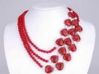 collar de perlas rojo blanco al por mayor-Envío Gratis *** 3Rows Red Heart Ruby White Pearl Red Ruby Necklace