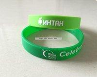 grüne led-armbänder großhandel-Feiertags-Party-Geschenk-Armband-Grün-Silikon-Band mit weißem Logo-Siebdruck-Druck-Armband