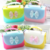 Wholesale Girls Candy Color Messenger Bag - 6 Colors Children Candy Color Shoulder Bags Bow Girl new Mini Handbag Jelly Patent Transparent Purse Tote PVC Messenger Bag Xmas Gift A7200
