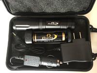 lanterna tática xml t6 venda por atacado-Ekaiou k20 t6 x 3800lm led lanternas tochas zoomable tático lanterna tocha luz com 18650 carregador de bateria conjunto de caixas de presente