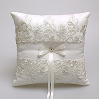 Wholesale Wedding Pillow Embroidery - Hot sale high quality lace pearl wedding ring ring pillow embroidery on the population of embroidered pillow wedding supplies