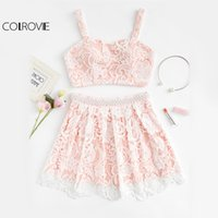Compra Pizzo Ricamato In Perline-COLLOVIE Pink Flower Pizzo Set di 2 pezzi Donne Sweet Crop Overlay con parte in gonna in rilievo Set 2017 Cute Perle Due Piece Set Donna q1113
