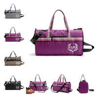 Wholesale Canvas Beach Totes Wholesale - VS PINK Letter Yoga Bags Handbags Travel Bags LOVE Pink Duffle Shoulder Bags Fashion Fitness Beach Bag Waterproof Totes 4 Designs LC518