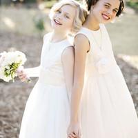 Wholesale Cute Simple Dresses - Simple Cute 2017 Flower Girls Dresses for Weddings A Line Jewel Neck Sleeveless Sash Handmad Flower Long Formal Flowergirl Dresses