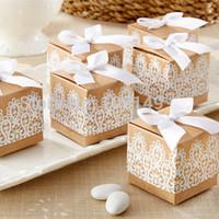 corbata de papel al por mayor-Cajas de regalo de papel cuadrado kraft Encaje blanco caja de dulces antiguos pajarita Regalos de boda Caso caramelos Contenedor nueva llegada 0 35hb R