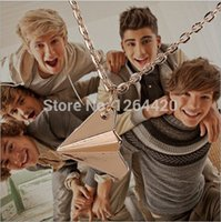 Fashion Vintage One Direction Collier pendentif en papier d'avion Nouvelle chaîne longue Nekclace Vente en gros 24PCS / LOT