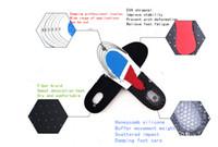 función de fútbol al por mayor-Nuevo diseño de forma estereoscópica 3D multifuncional se puede cortar plantillas desodorante antideslizante deportes engrosamiento amortiguador baloncesto fútbol honeyc