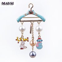 Wholesale Hangers For Men - New Year Enamel Hanger Brooches Pin Snowman Brooch Tassel Pin Scarf Pin Collar Clip Broche For Women Men Christmas Jewelry Gift
