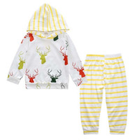 neugeborene fallen winter großhandel-Herbst Herbst Neugeborene Kleidung Baby Boy Kleidung Cute Tops Deer Hooded + gestreifte lange Hosen 2pcs Outfit Kids Clothing Set