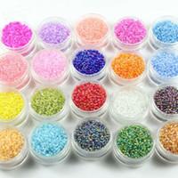 tubos de cuentas de vidrio al por mayor-2mm 50 g / 3000 unids 20 colores Checo de Cristal Suelta Semilla Spacer Tube Bugle Beads Para la joyería que hace DIY Accesorio de Prendas de vestir