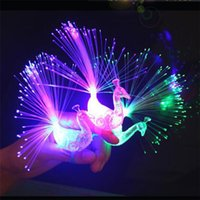 Design de novidade colorido Light Peacock LED Light-up Finger Toys Best Christmas Halloween Party Gifts