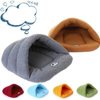 Pet Cat Bed Piccolo cane Puppy Kennel Sofà Polar Materiale del panno morbido Supporto per animali da compagnia Letto nido gatto Cat Sleeping Bag Nido caldo Alta qualità