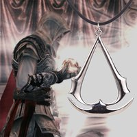 mörder halsketten großhandel-Wholesale-Assassins Creed Halskette Spiel Altair Ezio Connor Desmond Silber Gold Anhänger Leder Seil Schmuck für Männer und Frauen Großhandel