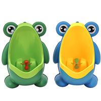 ingrosso addestramento al petto di neonato-Orinatoio per bambini Vasino bambino PP Rana Bambini Stand Orinatoi verticali Allenamento a parete Toilette per bambini Colore verde blu