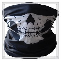 Masques de cyclisme en plein air Skull Bandana Multi-fonction Headwear Casque de moto Neck Half Face Masks Vélo de moto Bicycle Black Tube Mask