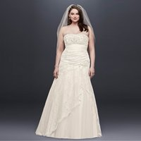 Wholesale Elegant Strapless Wedding Dress Hot - Elegant Strapless Plus Size Wedding Dresses 2017 Hot Sale Lace Side Split Wedding Dress A-Line Crystal Brodal Gowns 9YP3344