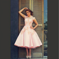 Wholesale Popular Gardening - Blush Pink Short Wedding Dresses New Design A Line Satin Tulle Bridal Gowns 2017 Tea Length Modern Fashion Lace Petals Custom Made Popular