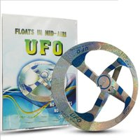 Magic Trick Toys Hot Sale Mystery UFO Pires voadores flutuantes Magic Flying Saucer Disc Frisbee Outdoor Toy
