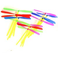 Wholesale Dragonfly Propeller - Wholesale-New 24pcs Novelty Plastic Bamboo Dragonfly Propeller Outdoor Classic Toy Kid Gift Rotating Flying Arrow Multicolor Random Color