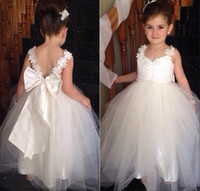 Wholesale Elegant Gowns For Girls - Vintage Flower Girl Dresses With Bow Floor Length Tulle Elegant Princess Special Occasions Gowns For Girls V-Neck Appliqued Lace