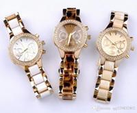 bracelet de diamant marron achat en gros de-Top luxe robe femme montre blanc lunette lunette cadran décoratif bracelet en or rose calendrier boucle déployante cadeau brun pour les bonnes filles